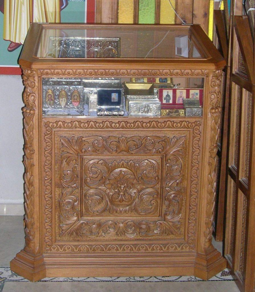 Η Δεύτερη Λειψανοθήκη Εντός Του Παρεκκλησίου Του Αγίου Σπυρίδωνος